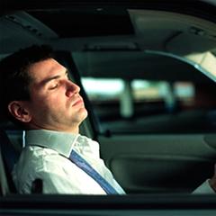 Автогонщик розповів до яких наслідків може призвести сон за кермом