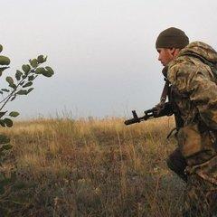 АТО: дев'ять порушень «тиші» за день, поранений український військовий