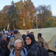 Луценко та Князєв пообіцяли, що не знесуть намети біля стін ВР