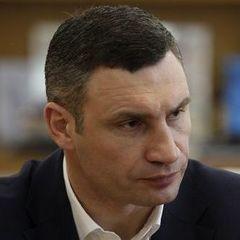 Віталій Кличко: «Ми не дозволимо забрати у киян і зруйнувати спорткомплекс «Схід». І зробимо все, щоб він був переданий у власність міста»