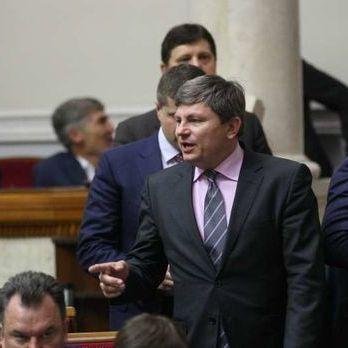 Герасимов заявив, що законопроекти про антикорупційний суд і зняття депутатської недоторканності буде проголосовано