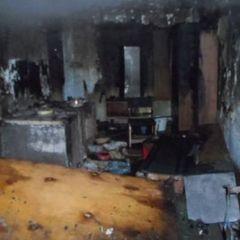 На Одещині жінка підпалила ковдру на сусідові, який спав щоб той швидше прокинувся: потерпілий помер в лікарні (фото)