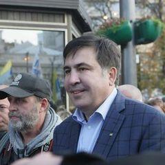 Саакашвілі заявив, що його друга, колишніх охоронця і водія викрали, побили та вислали до Грузії за особистим розпорядженням Порошенка