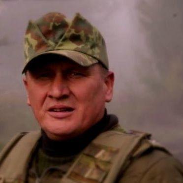 Прихильники Коханівського заблокували судову залу та не дають вивезти його у СІЗО