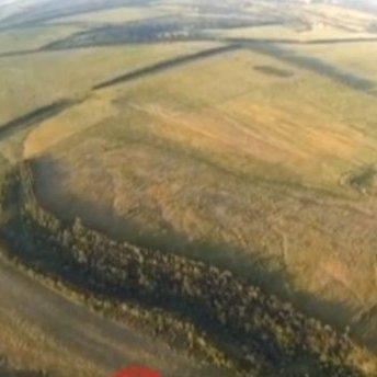 Волонтери показали на відео підбитий ворожий танк на Донбасі
