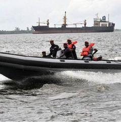 Біля Нігерії пірати викрали українського моряка