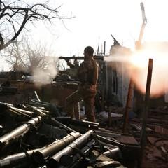АТО: Бойовики застосовують РСЗВ і міномети, один боєць ЗСУ поранений
