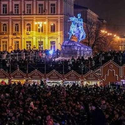 Стало відомо яку суму витратять на новорічні гуляння на Софіївській площі у Києві