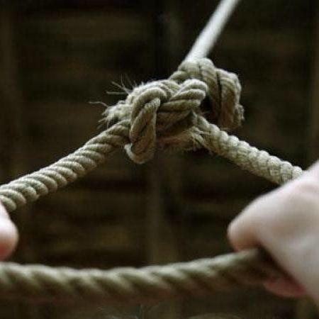 На Львівщині знайшли повішеним 15-річного підлітка