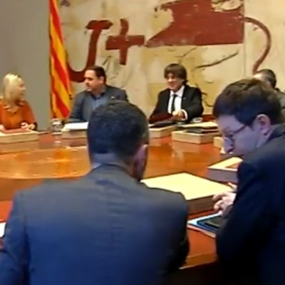 Екс-міністрам Каталонії дали доступ до кабінетів, щоб забрати свої речі