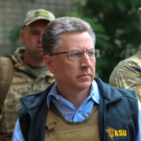Щоб миротворці ООН зайшли, Росія мусить вивести свої сили, - Волкер