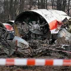 Смоленська трагедія: росіяни обгородили місце падіння літака і будують газопровід