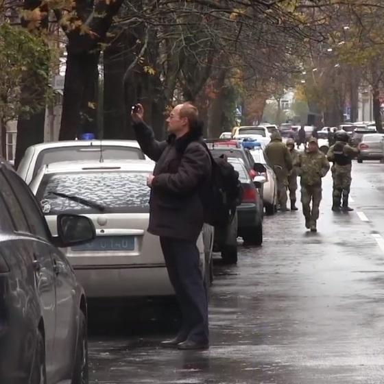 Поліція перекрила квартал навколо будинку сина Авакова