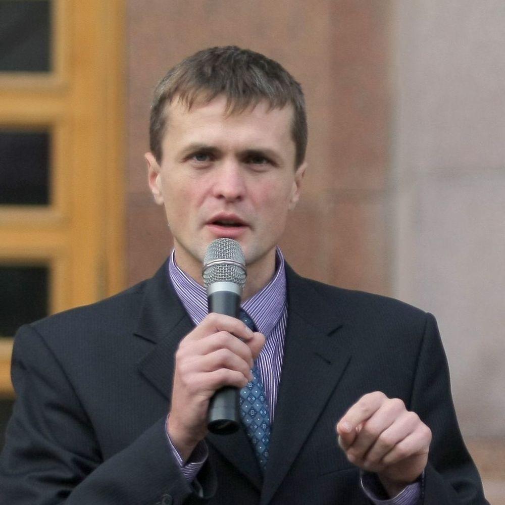 Ігор Луценко ініціює відсторонення Авакова на час проведення розслідування щодо його сина