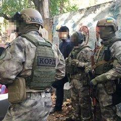 В одесита виявили арсенал зброї (фото, відео)