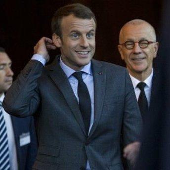 Президент Франції заспівав в опері (відео)