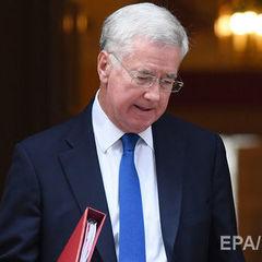 Міністр оборони Великої Британії Феллон подав у відставку після обвинувачень у сексуальному домаганні