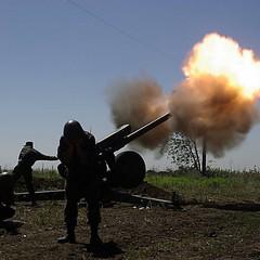 Бойовики обстріляли позиції сил АТО під Кам'янкою з великокаліберних кулеметів і стрілецької зброї, - штаб АТО
