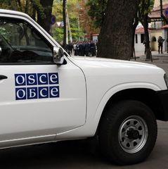 Місія ОБСЄ зафіксувала на Донбасі бойовиків з новими шевронами