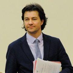 Міністр культури Євген Нищук рекомендує, що дивитися, читати та слухати у листопаді