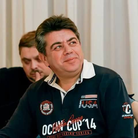У Дніпрі помер відомий український журналіст Борис Брагінський
