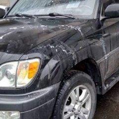 У Харкові кислотою облили автомобіль депутата (фото)