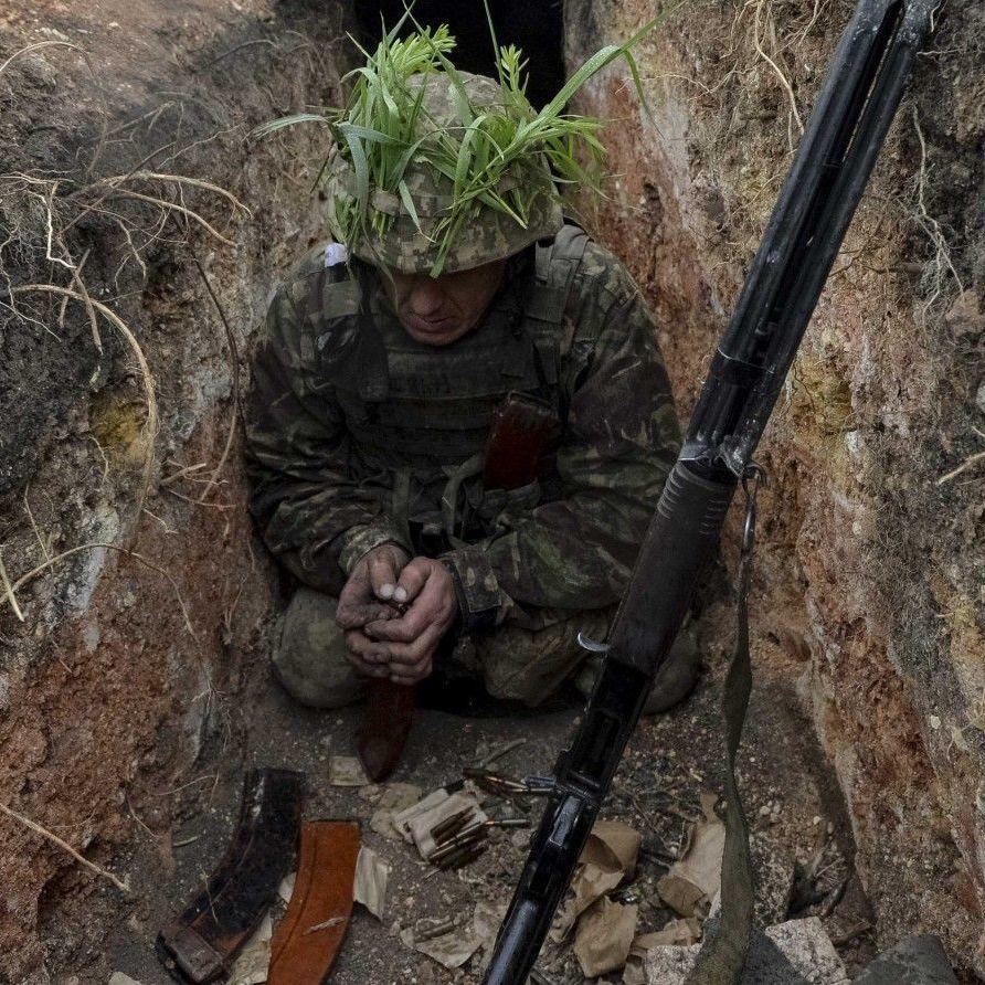 Окупанти обстріляли із БМП і заборонених Мінськими домовленостями мінометів позиції Збройних сил України на околицях Водяного, - штаб