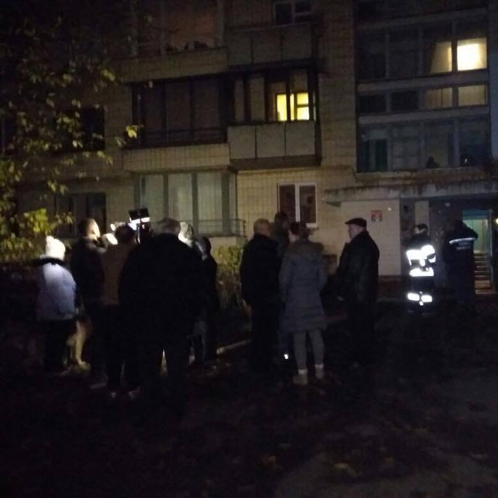 У Києві в квартирі вибухнув газ: є загиблі (фото)