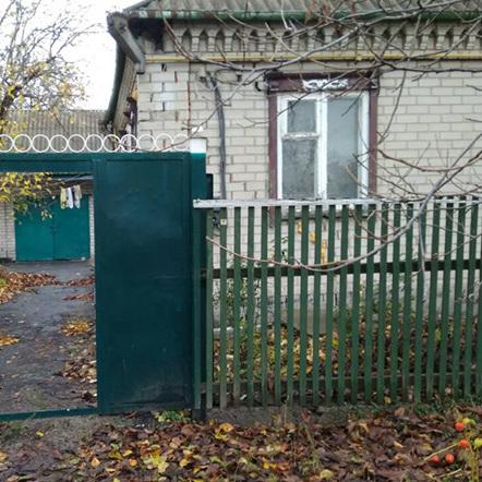 На Дніпропетровщині син-студент приїхав провідати матір, але виявив її вбитою