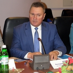 Володимира Крота підозрюють у доведені до банкрутства трьох ремонтних заводів «Укрзалізниці»