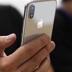 Apple попередила покупців iPhone X про дуже неприємний дефект девайсу