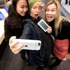 В РФ дівчина вдарила подругу щоб заволодіти її iPhone