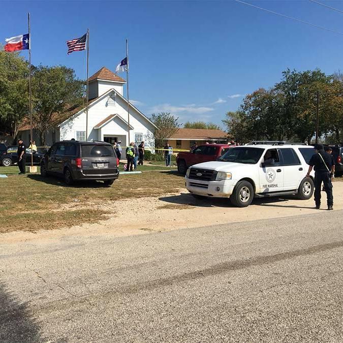 Очевидець розповів, як загинув злочинець який розстріляв людей у церкві в Техасі (відео)