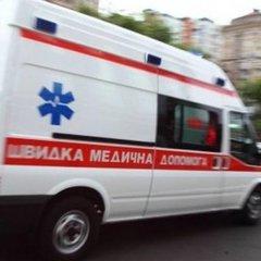 У Києві 22-річна дівчина вистрибнула з вікна через нерозділене кохання (відео)
