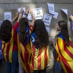Боротьба за незалежність Каталонії: активісти блокують рух поїздів