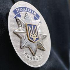 У Києві чоловік з молотком напав на посадовця: охоронець застосував зброю