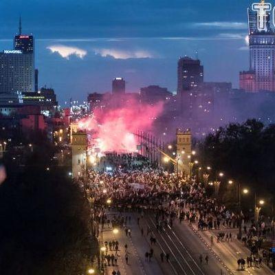 У Варшаві пройшов грандіозний марш націоналістів (фото)