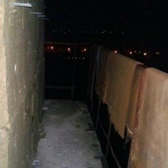 Студент випав з балкону на 9 поверсі