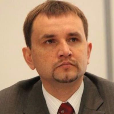 В'ятрович назвав умови, за яких Україна дозволить ексгумацію польських могил
