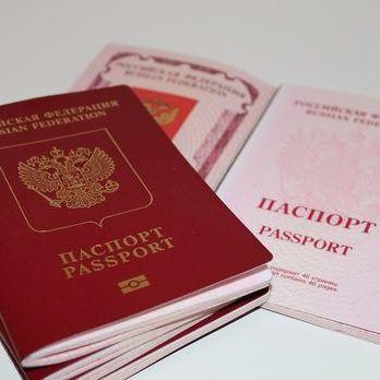 У Криму стали позбавляти російського громадянства тих, хто не жив там на момент анексії – ЗМІ