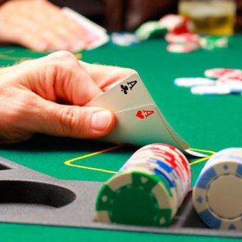 У Києві невідомі здійснили розправу над підпільним казино: з'явились фото