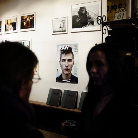 У Парижі представили виставку про сучасних українських воїнів (фото)