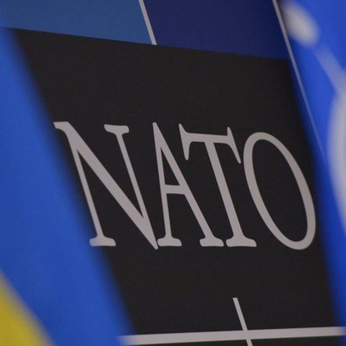 У НАТО заявили, що безпека країн-членів Альянсу пов'язана з ситуацією в Україні