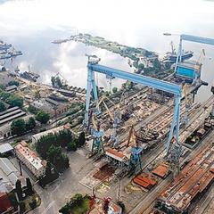 Працівники суднобудівного заводу у Миколаєві перекрили дорогу через заборгованість із заробітної плати