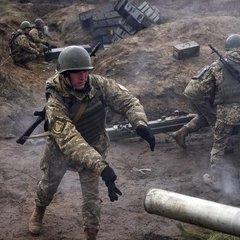 З початку доби ворог 8 разів відкривав вогонь по позиціях українських військових, - штаб