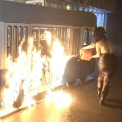 Активістку Femen, яка спалила трамвай у Вінниці, відправили під домашній арешт