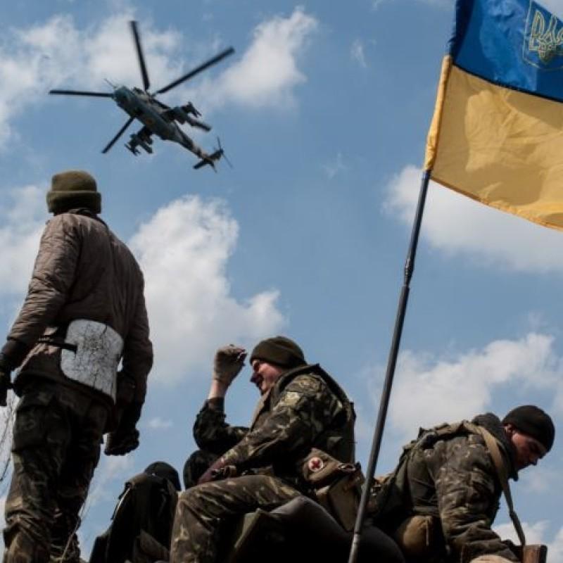 На Донецькому напрямку з гранатометів і стрілецької зброї противник обстріляв оборонців Павлополя