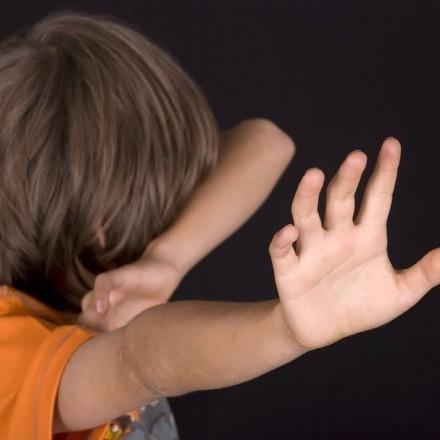 В Україні близько 70% дітей потерпають від сексуального насилля з боку близьких людей