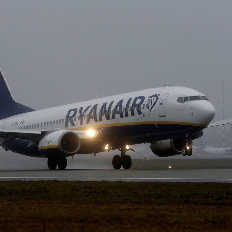 Омелян заявив про прогрес у переговорах з Ryanair