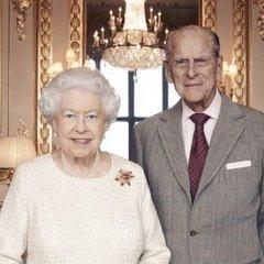 Єлизавета ІІ із чоловіком святкують Благодатне весілля